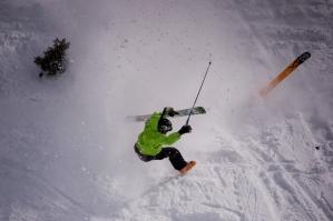 ski-crash-1